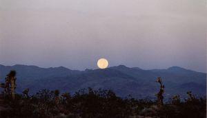 Mountain_Moonset